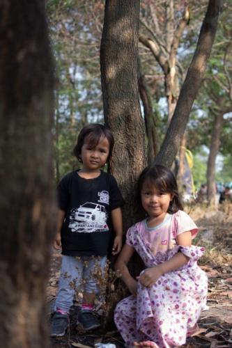 Anak-anak bergaya